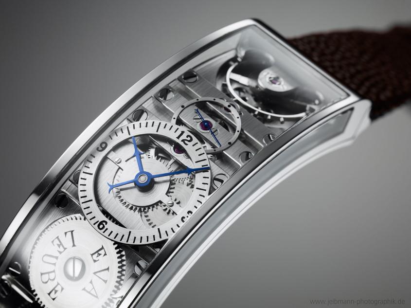 The 'Ari' by independent watchmaker Eva Leube