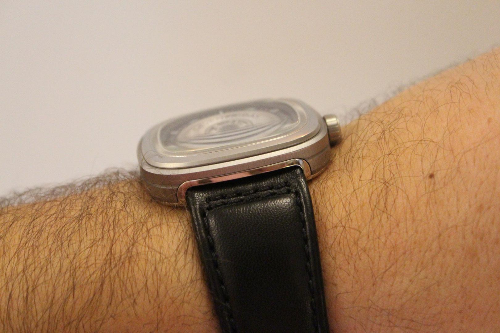 Sevenfriday-wristshot-profile