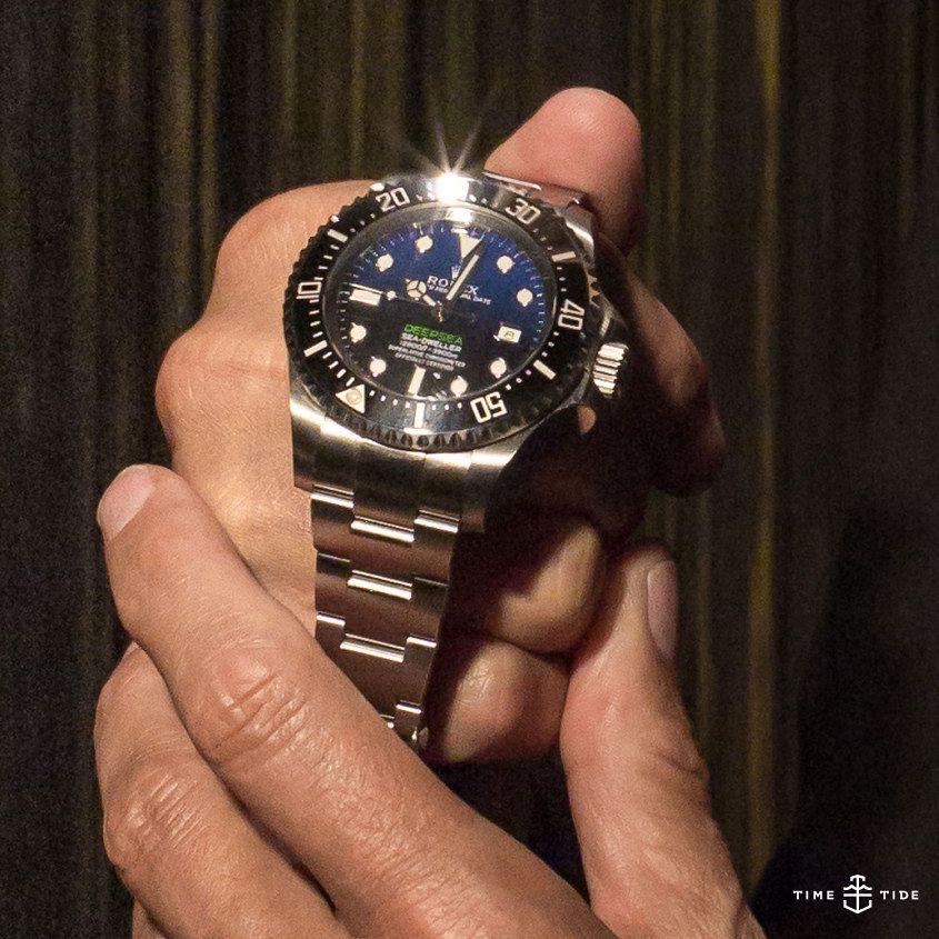 James-Cameron-Deepsea-D-Blue-close-up