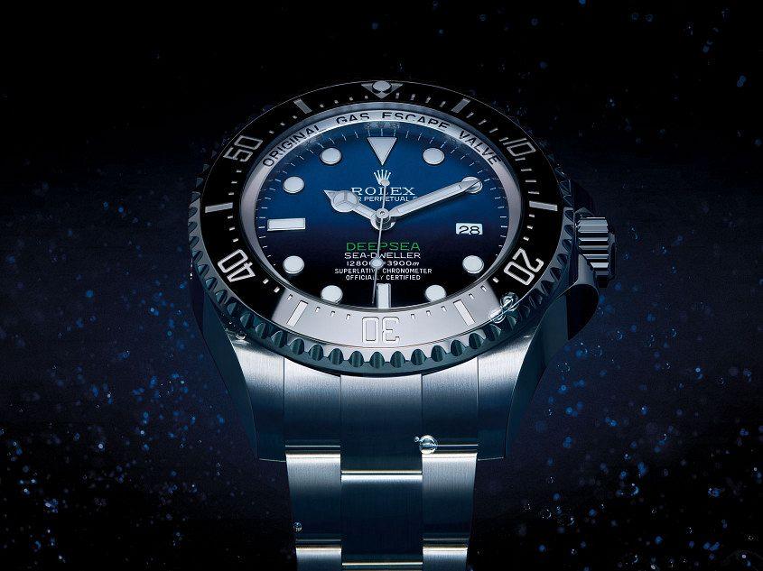 Rolex-Deepsea-d-blue-dial-ambient