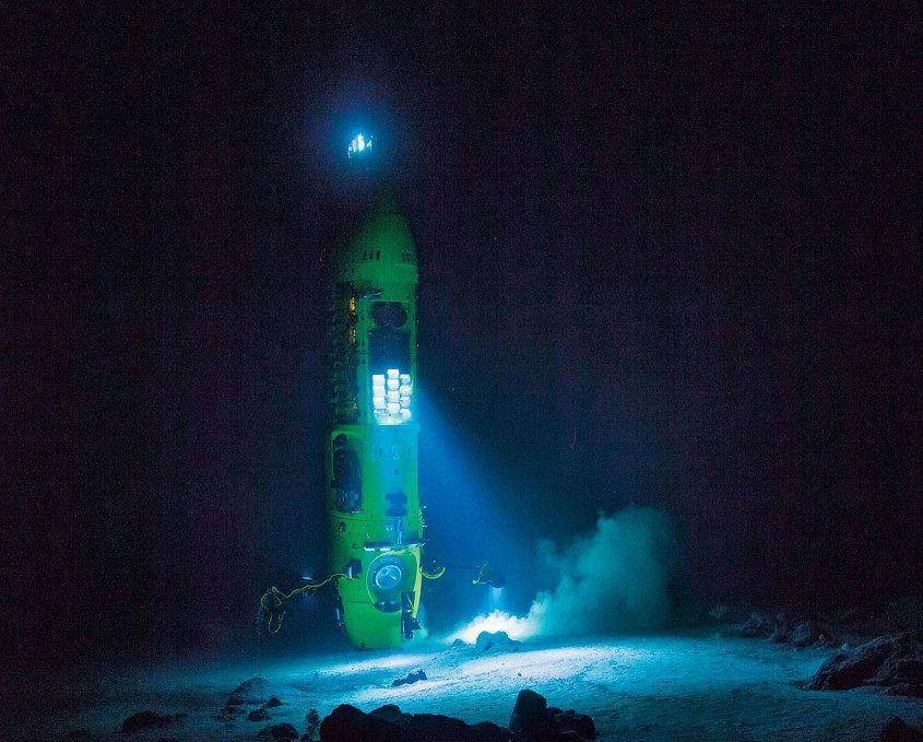 Deepsea-Challenge-Mariana-Trench