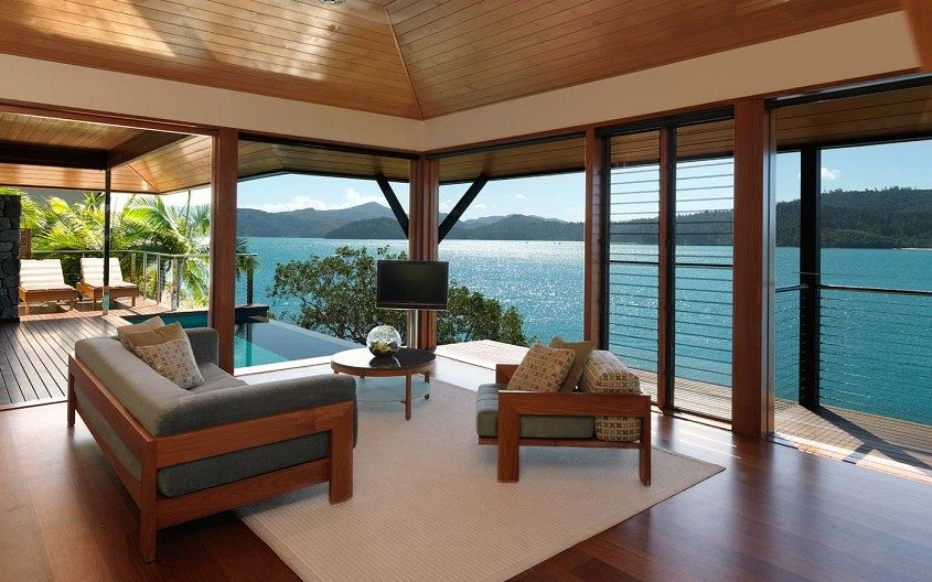 windward-pavilion-lounge-with-view