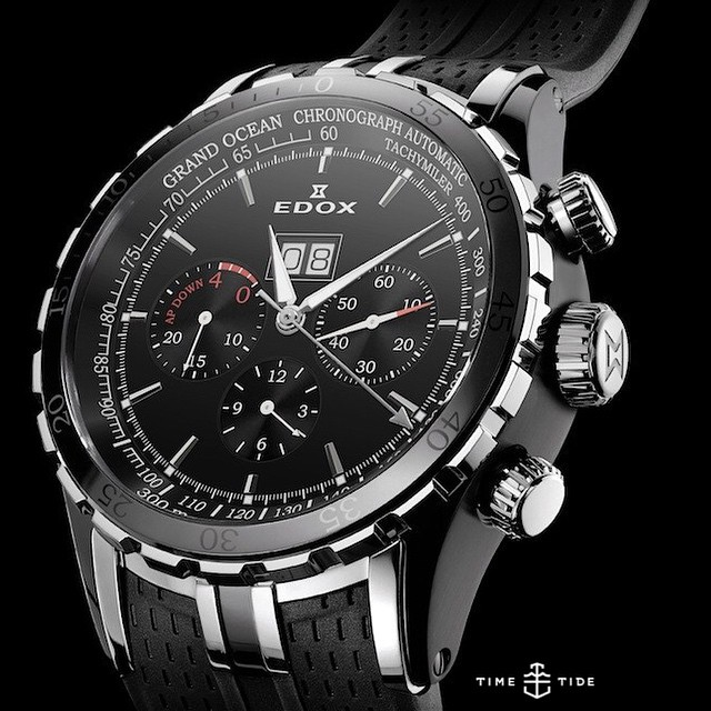 Edox is Official Timekeeper of the Extreme Sailing Series (as well as the Dakar Rally) and today we're off to Sydney to sail and speak to Managing Director Alexandre Strambini. Pictured is the Grand Ocean Special Edition Extreme Sailing Series, a 48mm automatic chronograph water resistant to 300m. ️️