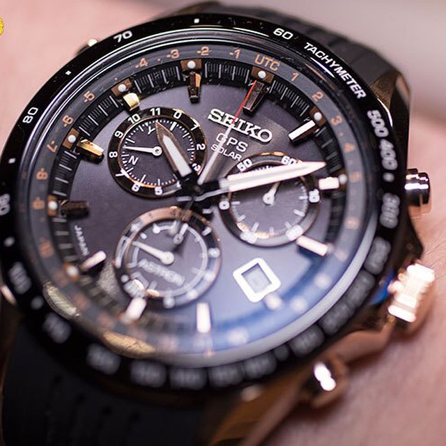 Closeup of Novak's watch, the Seiko Astron GPS Solar by superhotmobile.com️