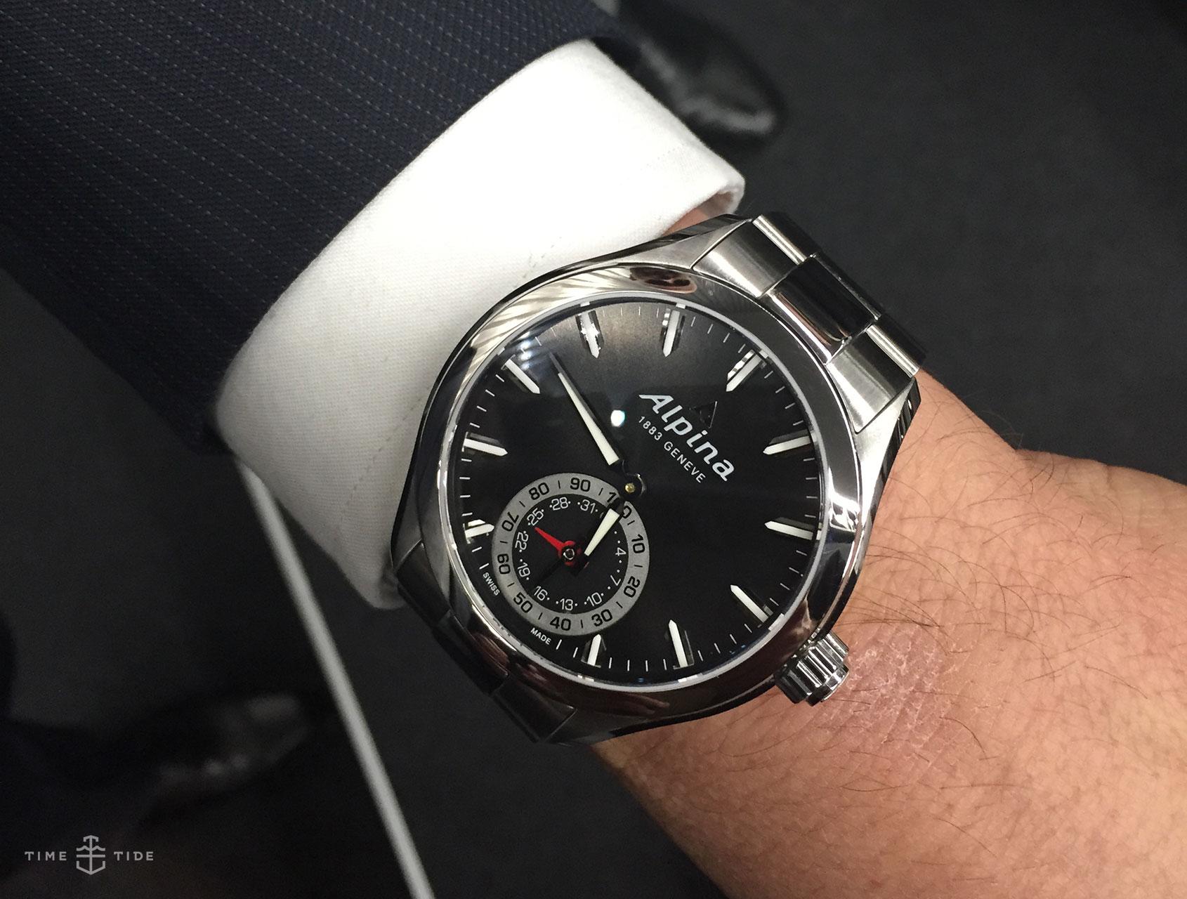 Fr 233 D 233 Rique Constant Smartwatch Announced