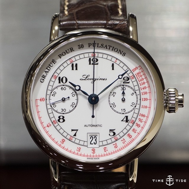 Who doesn't love a monopusher chronograph, come on. And a relatively unobtrusive date window no less! ️