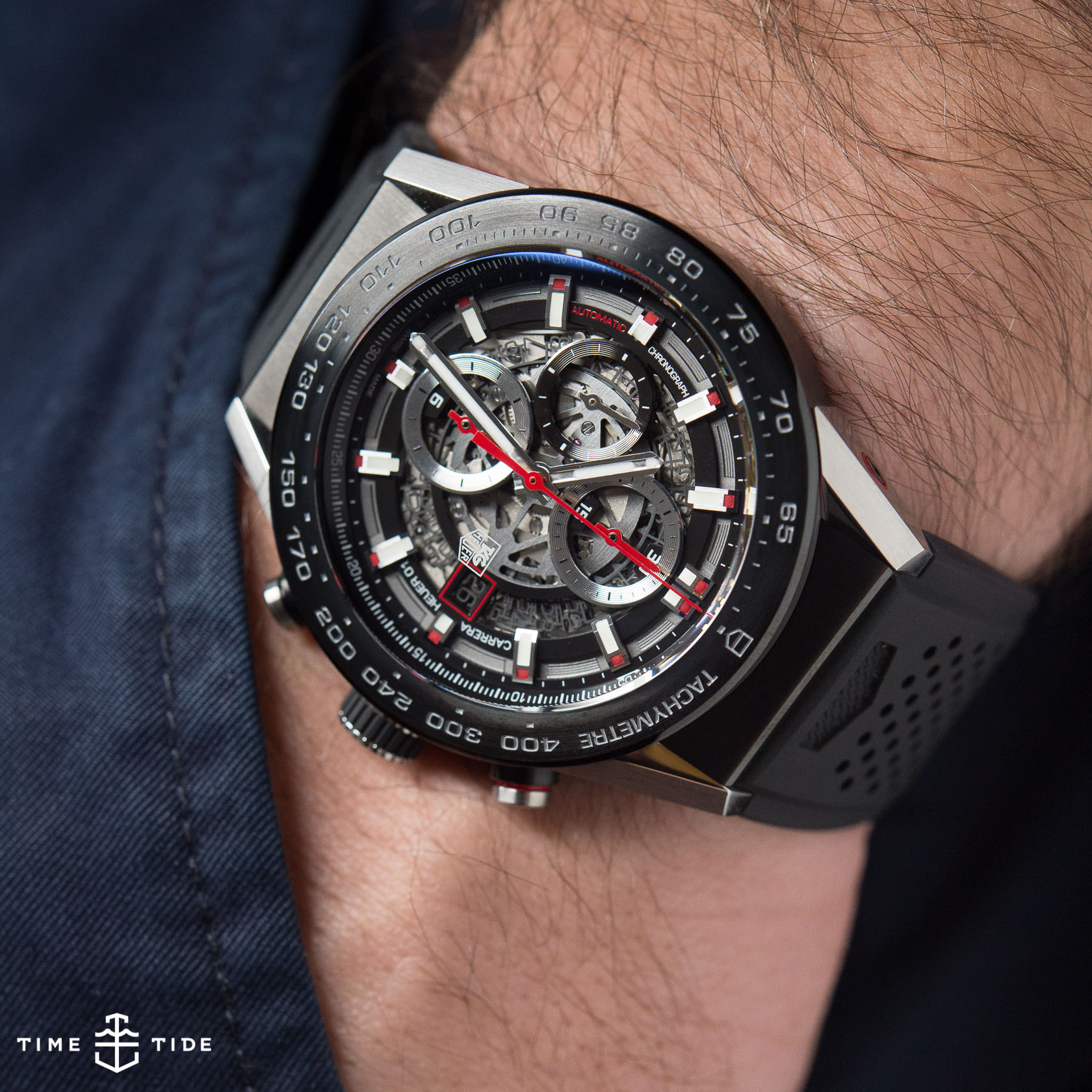 6747a729dde TAG Heuer Carrera Heuer 01 – Hands-on Review