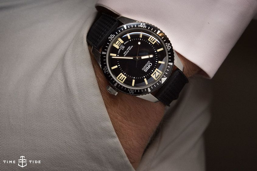 Oris Divers sixty five 6 845x562 - EDITOR'S PICK: Work getting in the way of your watch love? Here are 9 surefire tips to hiding the obsession