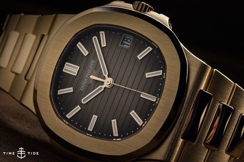 Patek Philippe Nautilus 5711-1R-001 Rose Gold-2