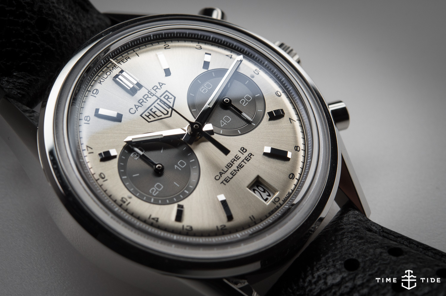 HANDS-ON: The TAG Heuer Carrera Calibre 18 Telemeter ...