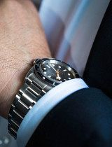 Tudor-Black-Bay-Black-wrist-10