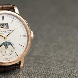 GONE IN 60 SECONDS: The A. Lange & Söhne Saxonia Moonphase video review