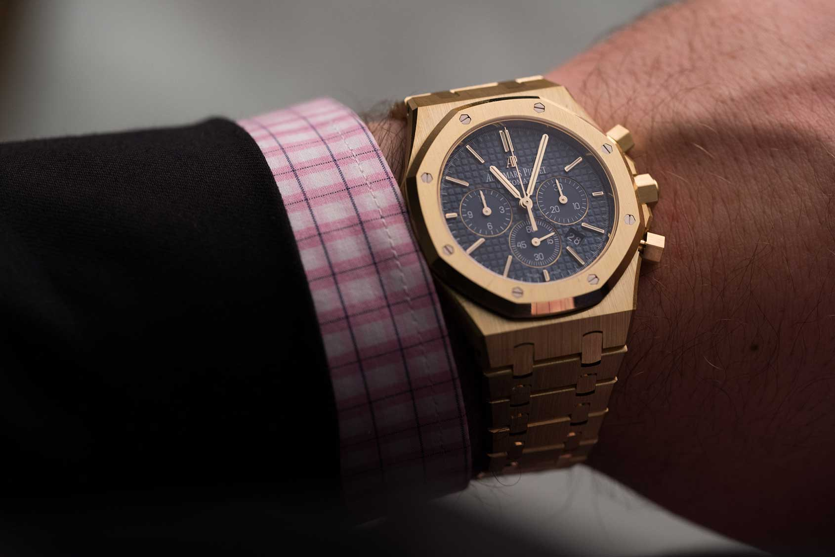 Audemars Piguet Royal Oak Chronograph In Yellow Gold Hands On Review