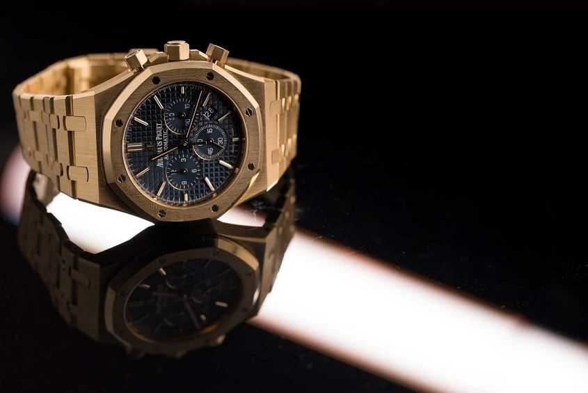 Audemars-piguet-royal-oak-chronograph-yellow-gold-6