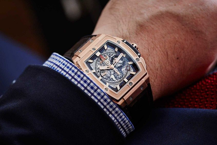 Hublot-spirit-of-big-bang-wrist-2