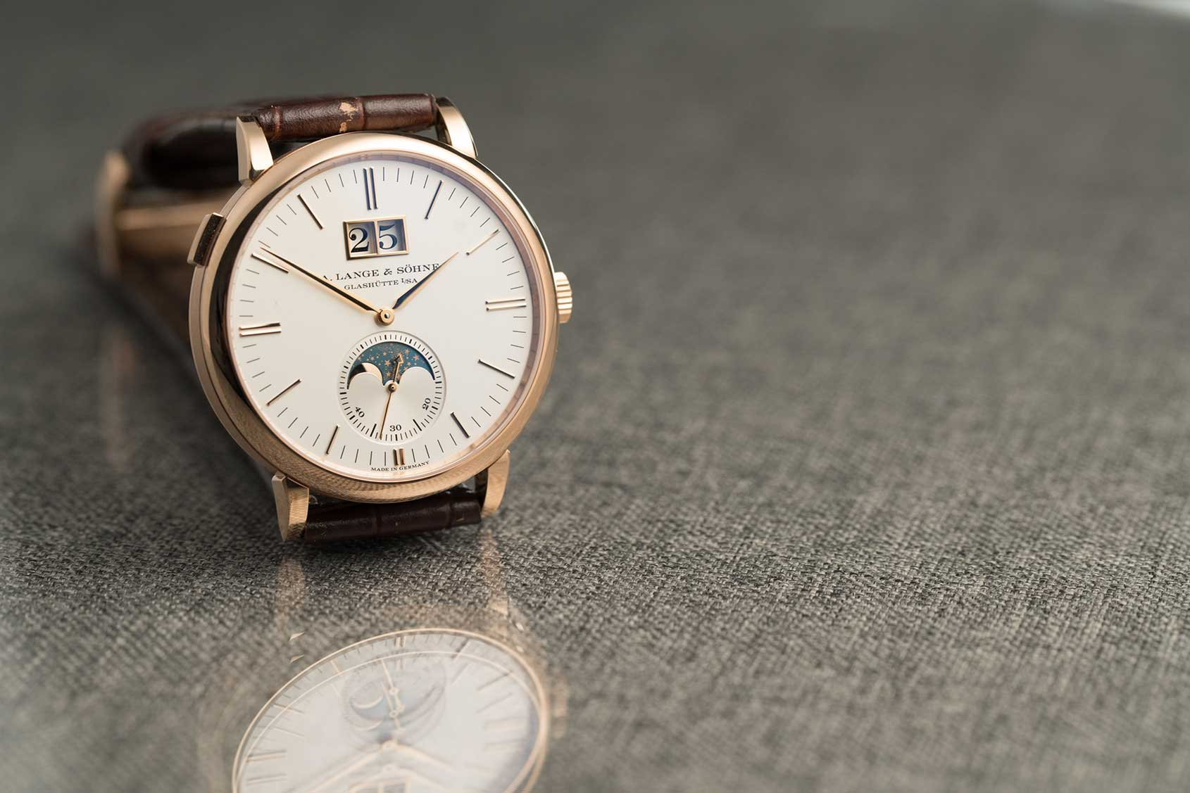 A. Lange & Sohne Saxonia - introduction to the watch internet