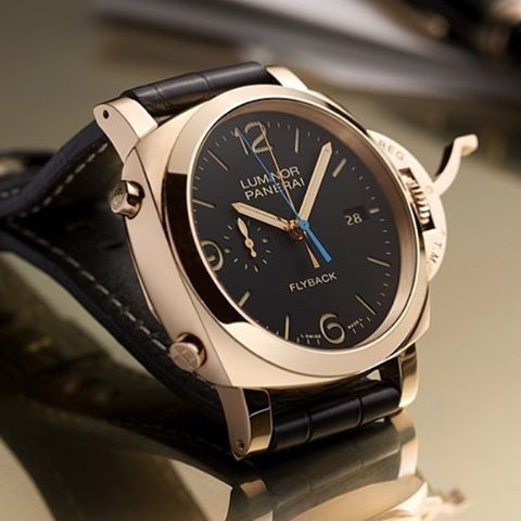 There's something about a gold Panerai tho... PAM525 Luminor 1950 Oro Rosso Flyback Chrono 44mm via @panerai ️