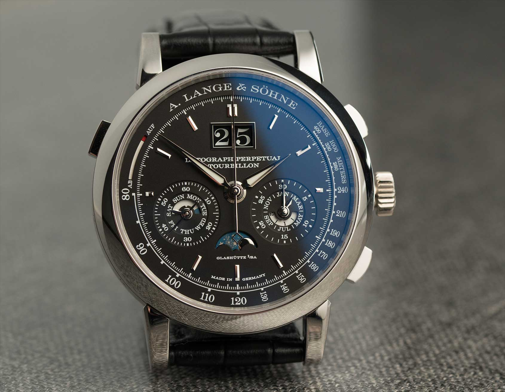 A lange s hne datograph perpetual tourbillon hands on review for Calendar watches