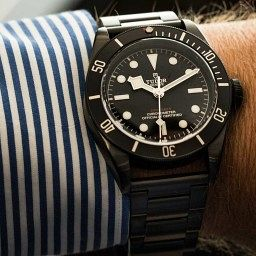 Tudor-black-bay-dark-1