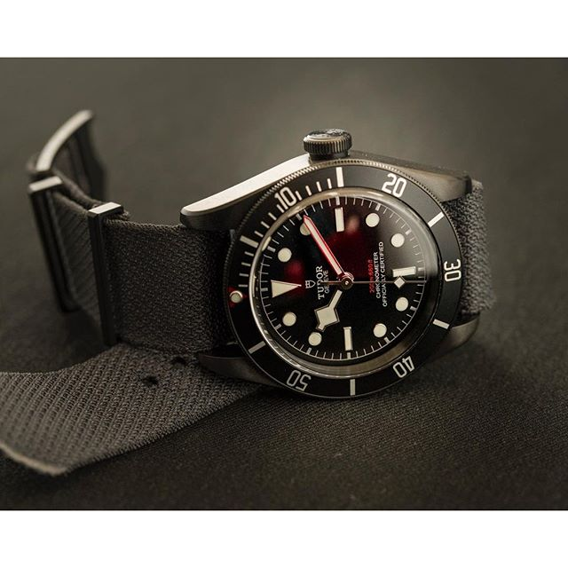 Yeah, we're still kind of in love with this one - the mysteriously sexy @tudorwatch Black Bay Dark ️