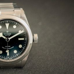 Tudor-black-bay-36-slider