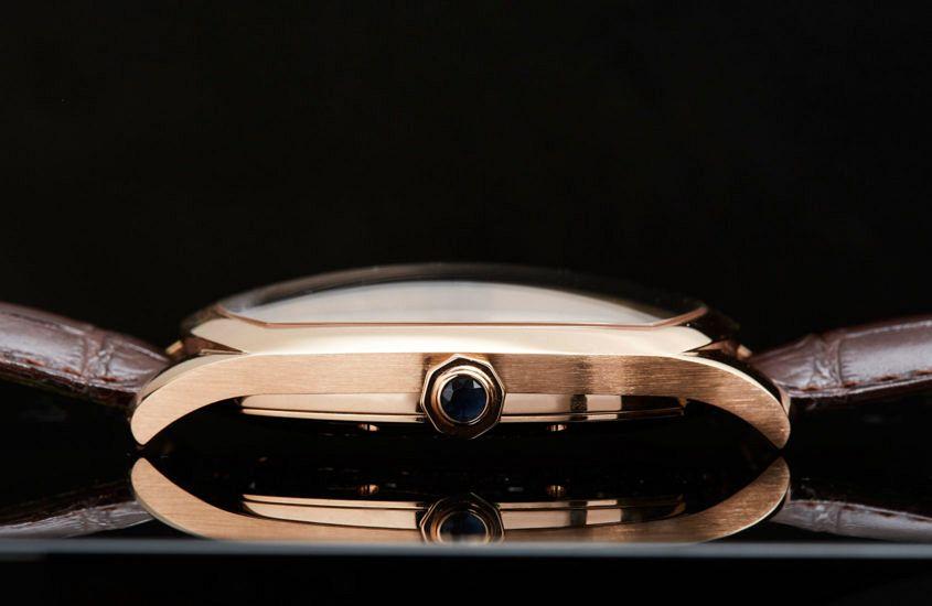 Cartier-Drive-gold-11