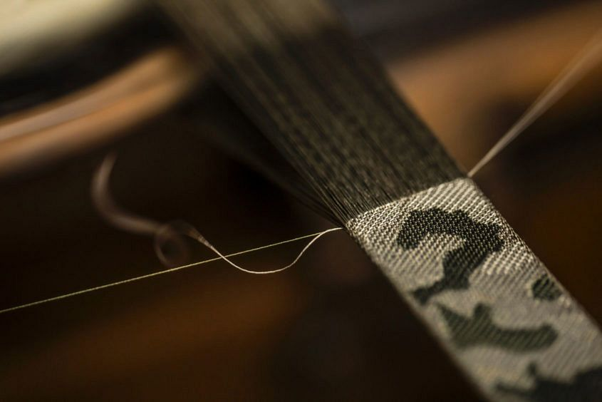 Tudor-strap-weaving