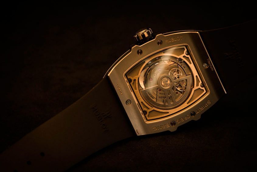Hublot-Spirit-big-bang-moonphase-6