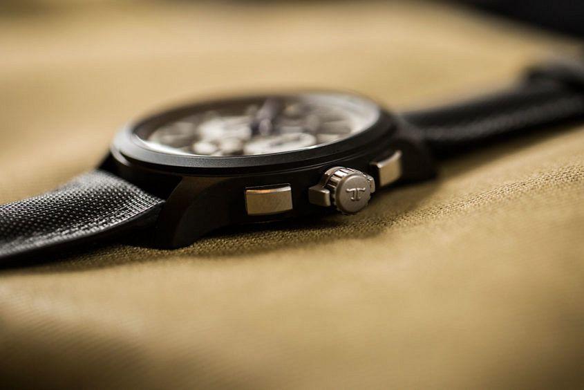 Jaeger-LeCoultre-Master-Compressor-Chronograph-Ceramic-2016-3
