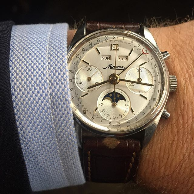 Live from the Montblanc event we are MCing at Vue de Monde, Melbourne. How do you like them apples? The Minerva triple-date moonphase chronograph from the late '50s. ️