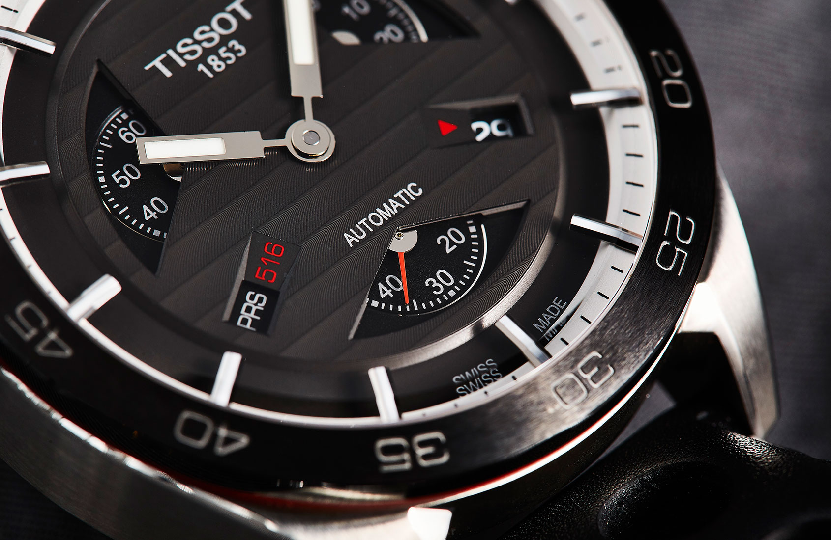 hands-on-the-smartly-designed-value-packed-tissot-prs-516-2