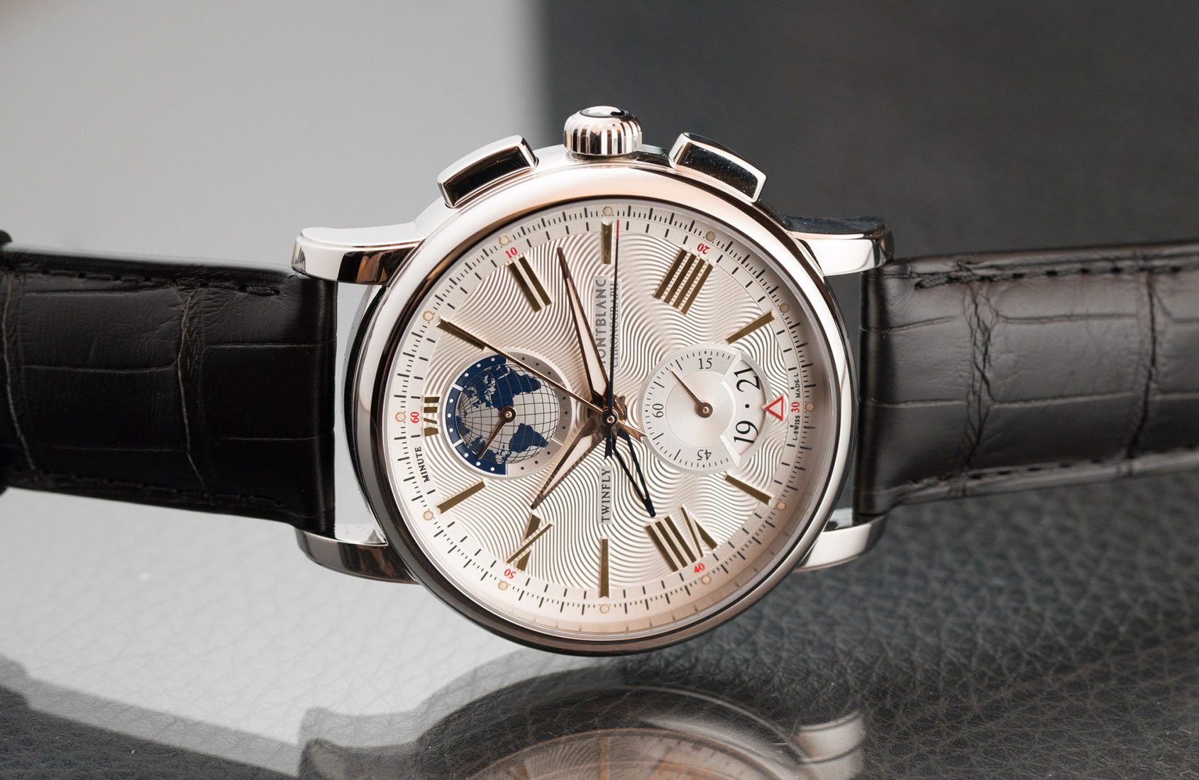montblanc-4810-twinfly-chronograph-1