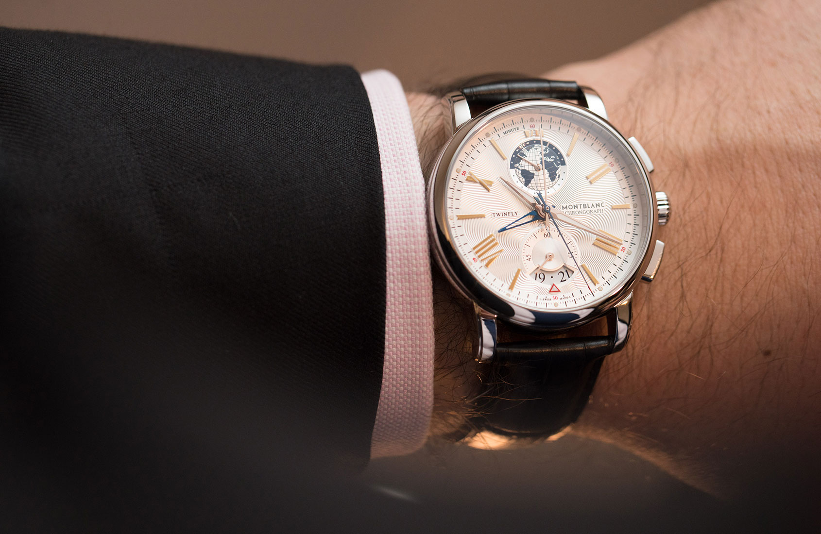 montblanc-4810-twinfly-chronograph-3