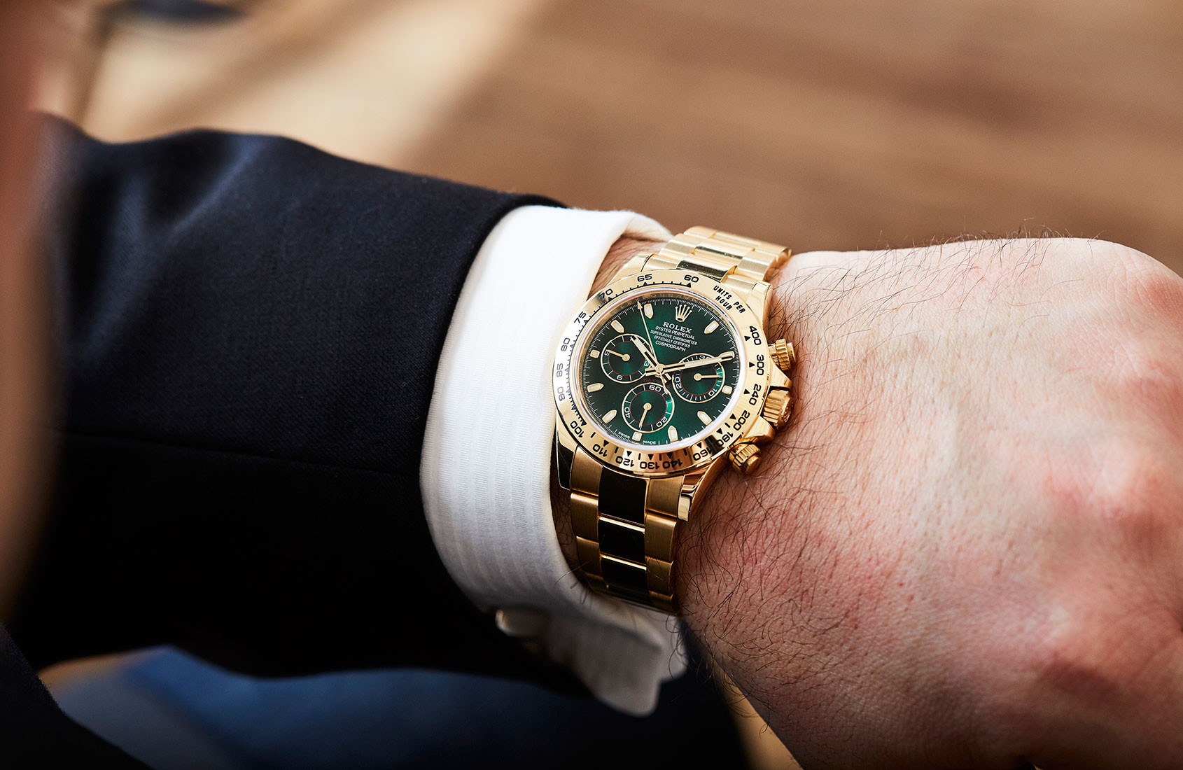 rolex-daytona-yellow-gold-green-dial-116508-2
