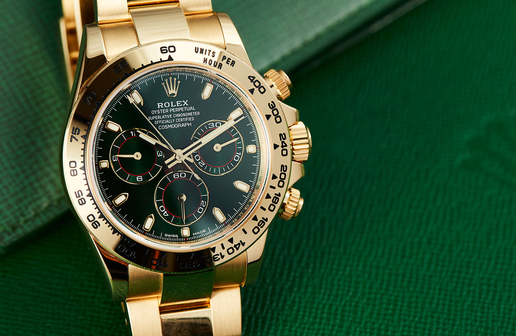 rolex-daytona-yellow-gold-green-dial-116508-4