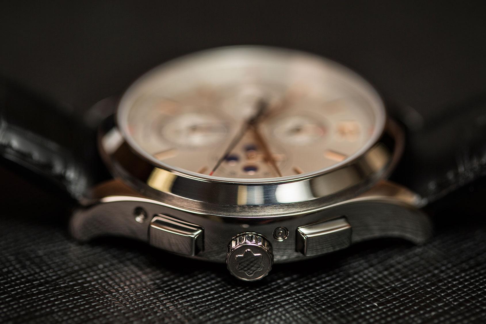 montblanc-heritage-chronometrie-annual-calendar-chronograph-1