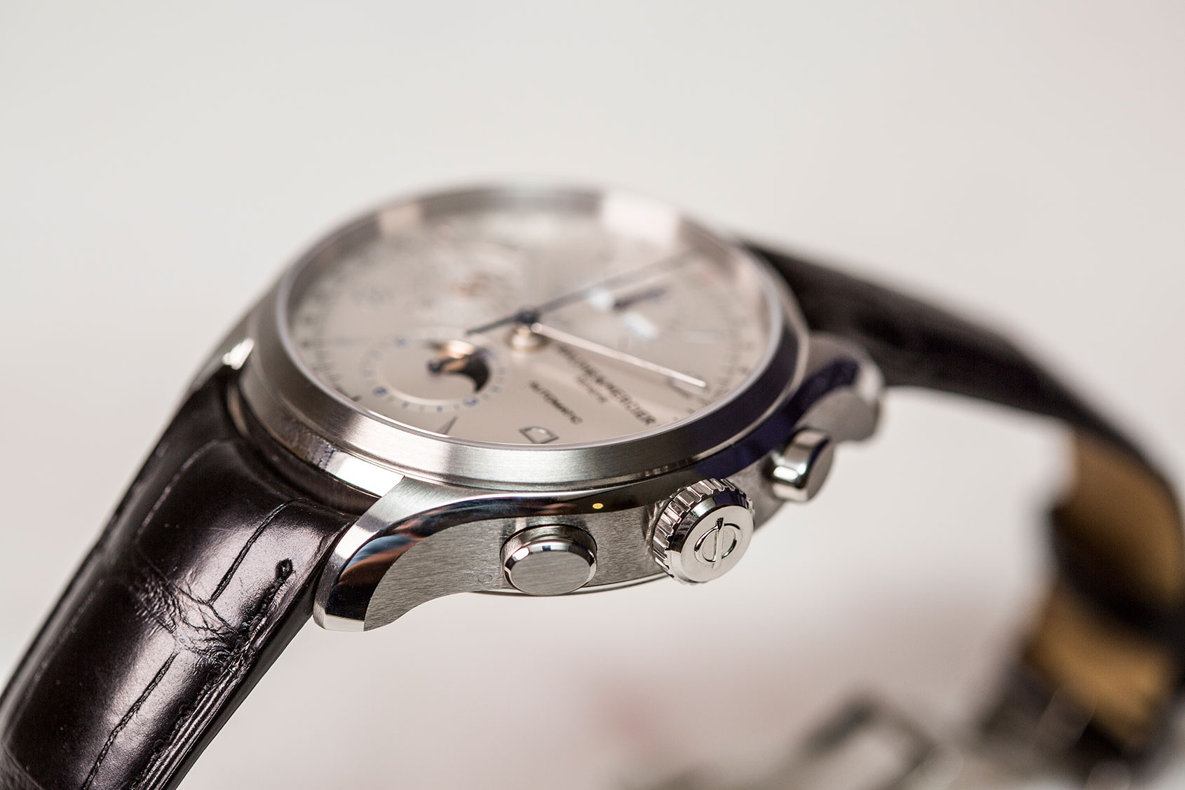 baume-mercier-clifton-complete-calendar-chronograph-2