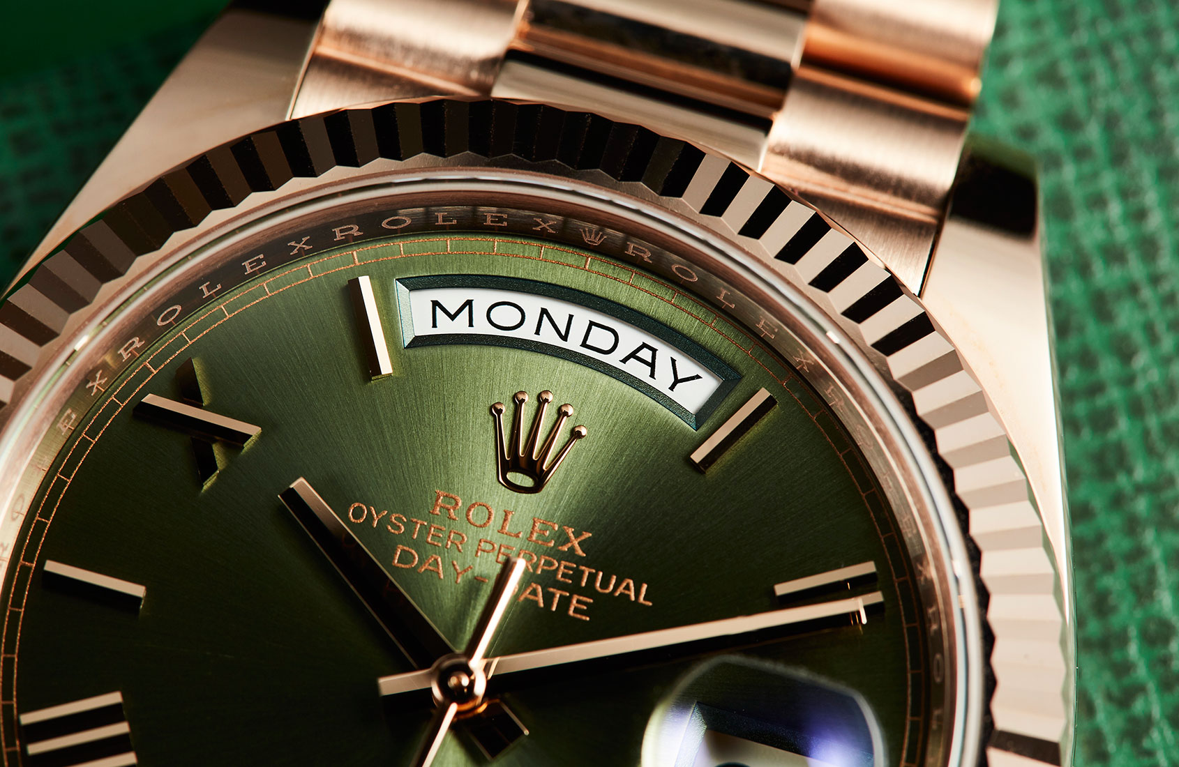 Rolex Oyster Perpetual Day-Date 40 olive green dial (ref. 228235)