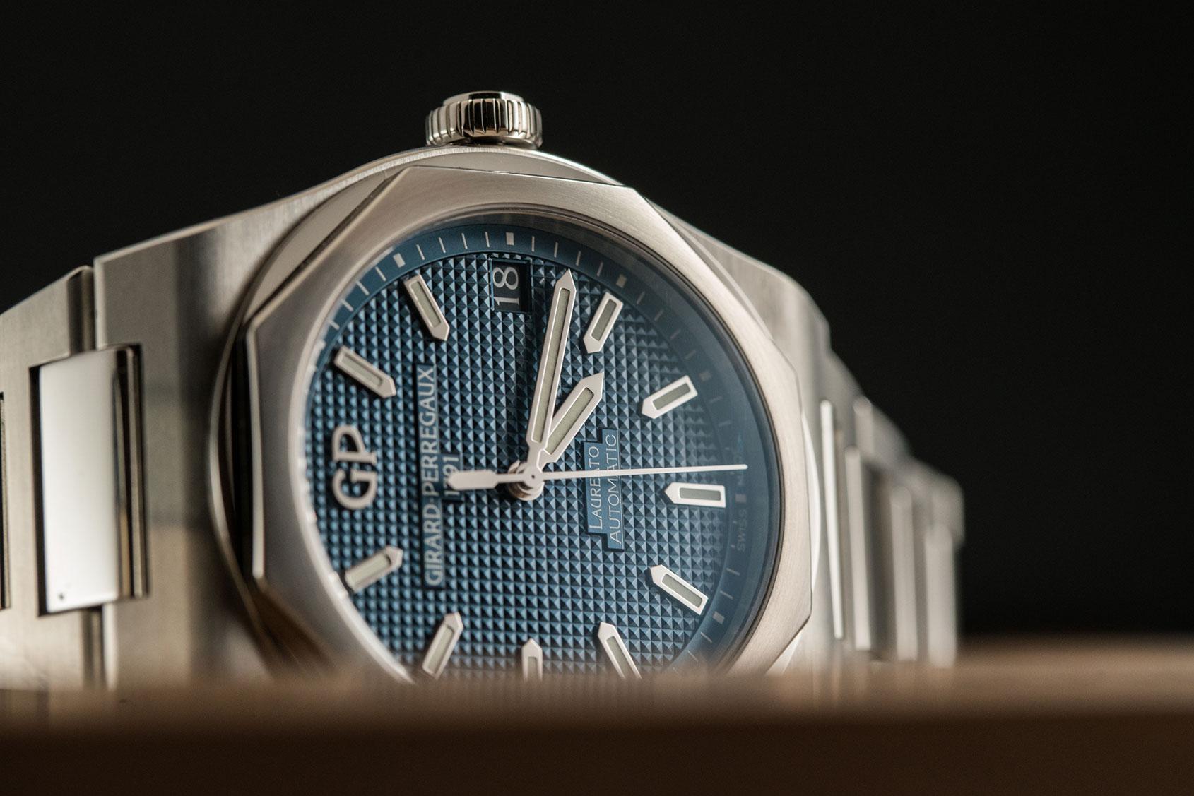 GP-laureato-blue-4