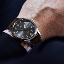 HANDS-ON: Reach for the skies with the Oris Pro-Pilot Big Crown Day Date