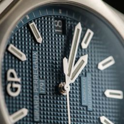 VIDEO: Girard-Perregaux 2017 collection – the biggest controversy at SIHH?