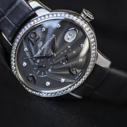 HANDS-ON: the Girard-Perregaux Cat's Eye Power Reserve – what a difference a grey makes