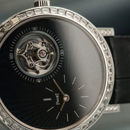 VIDEO: Piaget 2017 collection overview proves thin is still in
