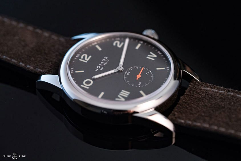 Nomos Club Campus 4 845x564 - EDITOR'S PICK: Work getting in the way of your watch love? Here are 9 surefire tips to hiding the obsession