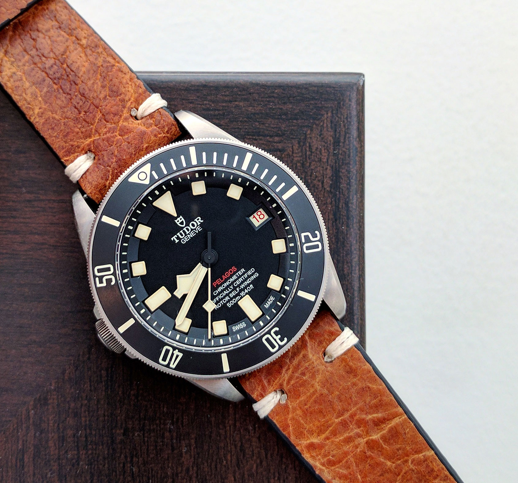tudor pelagos lhd six month review. Black Bedroom Furniture Sets. Home Design Ideas