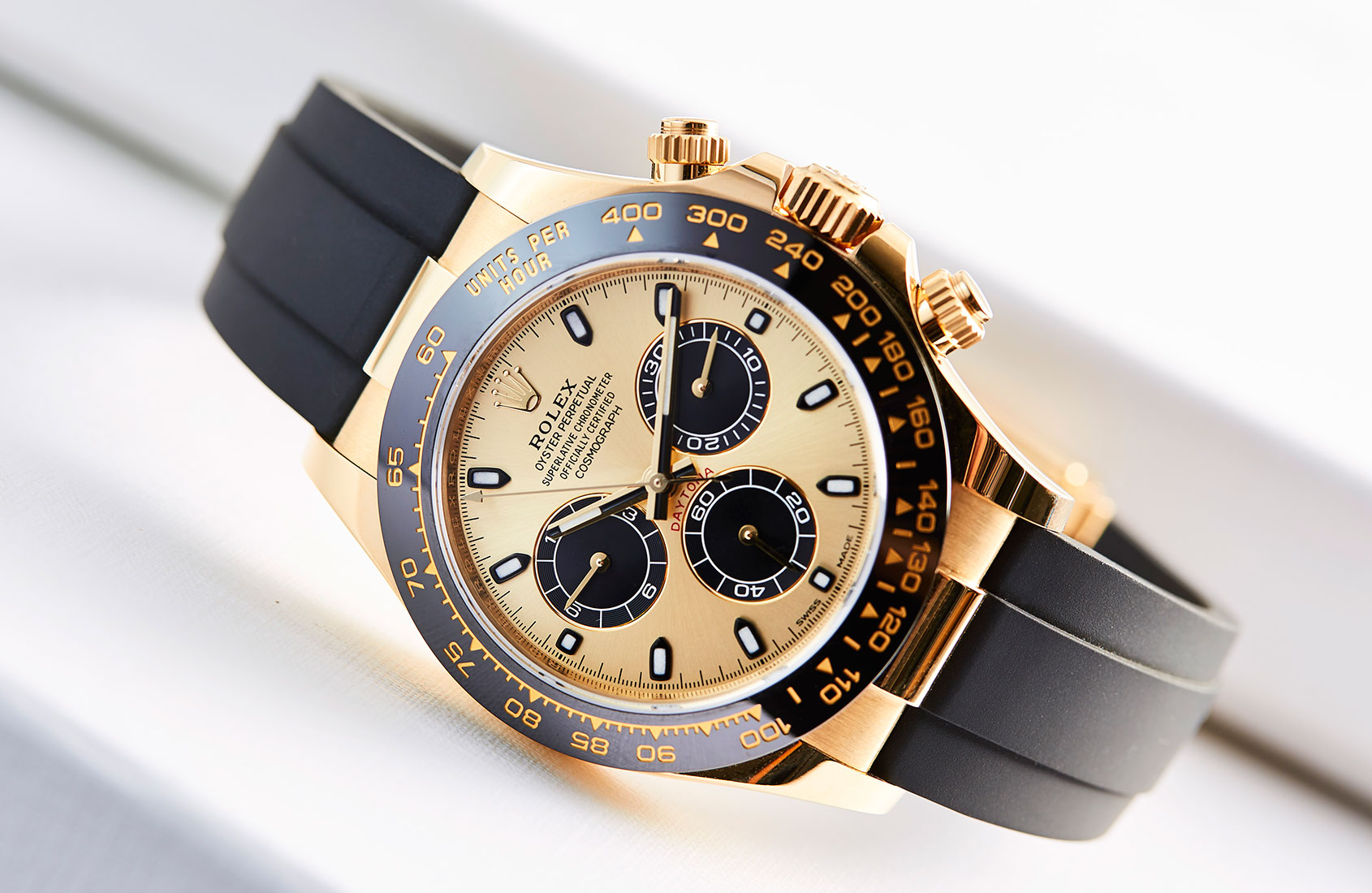 yellow gold cerachrom and oysterflex rolex daytona ref. Black Bedroom Furniture Sets. Home Design Ideas