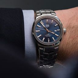VIDEO: The dressy new face of the TAG Heuer Link