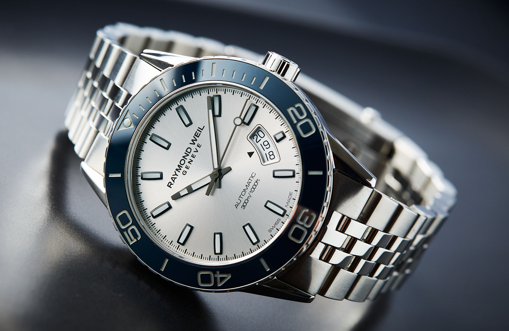 raymond weil freelancer diver hands on review