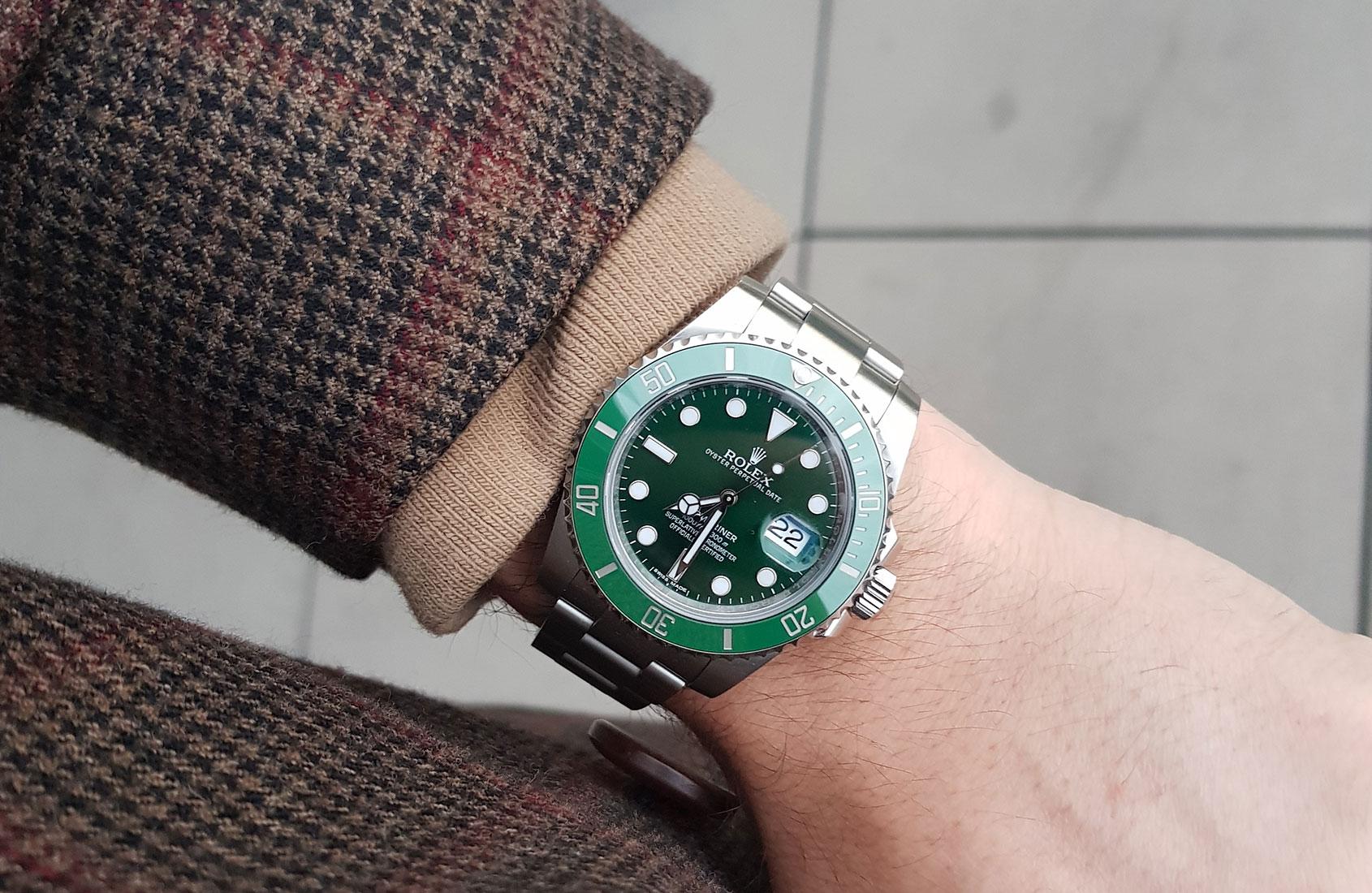Rolex Submariner 116610lv Aka The Hulk Year Long Review
