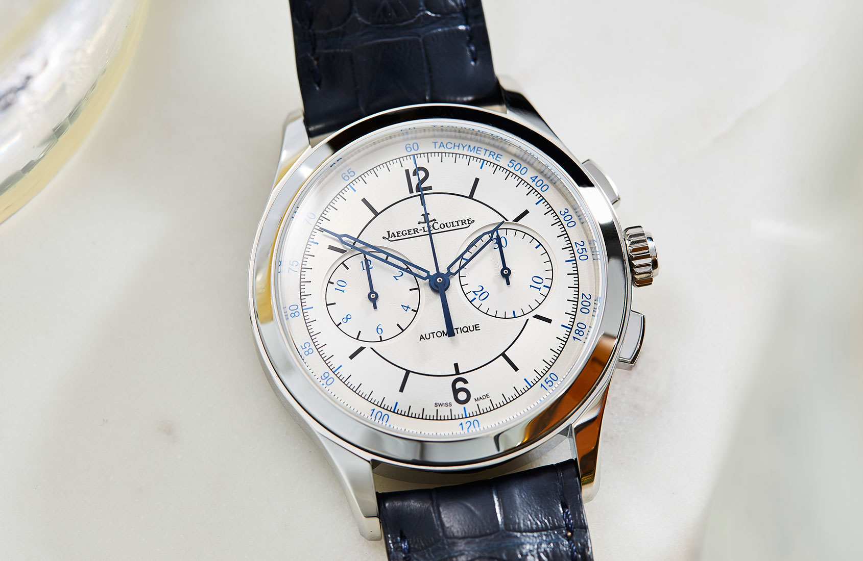Jaeger lecoultre master control collection on video for Chronograph master